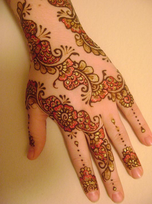 Trend Of Mehndi Designs With Outline 04