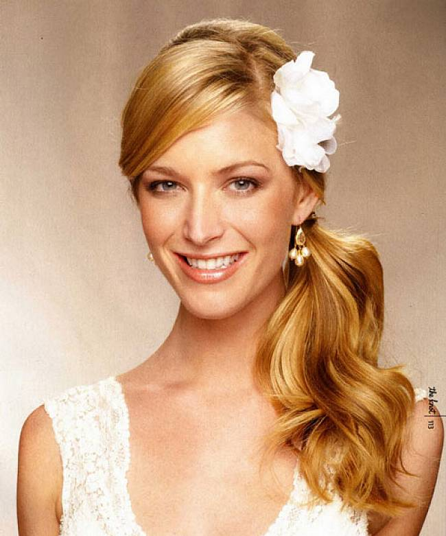 Long wavy hairstyles Ideas | long wavy prom hairstyles ...