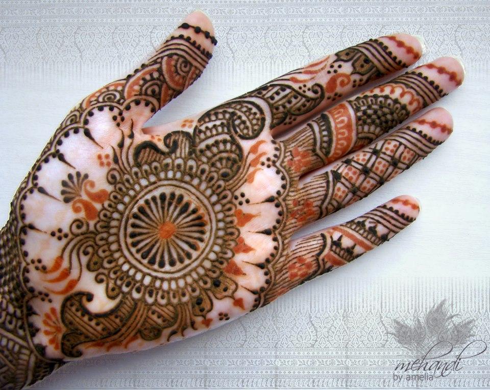 Bridal Mehndi Hands And Feet : Bridal mehndi designs for full hands and legs wedandbeyond