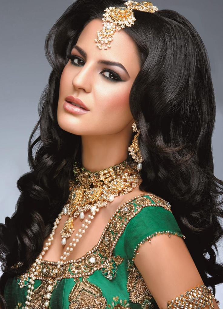 Magnificent Receptions Indian Bridal Hairstyles And Wedding On Pinterest Hairstyle Inspiration Daily Dogsangcom