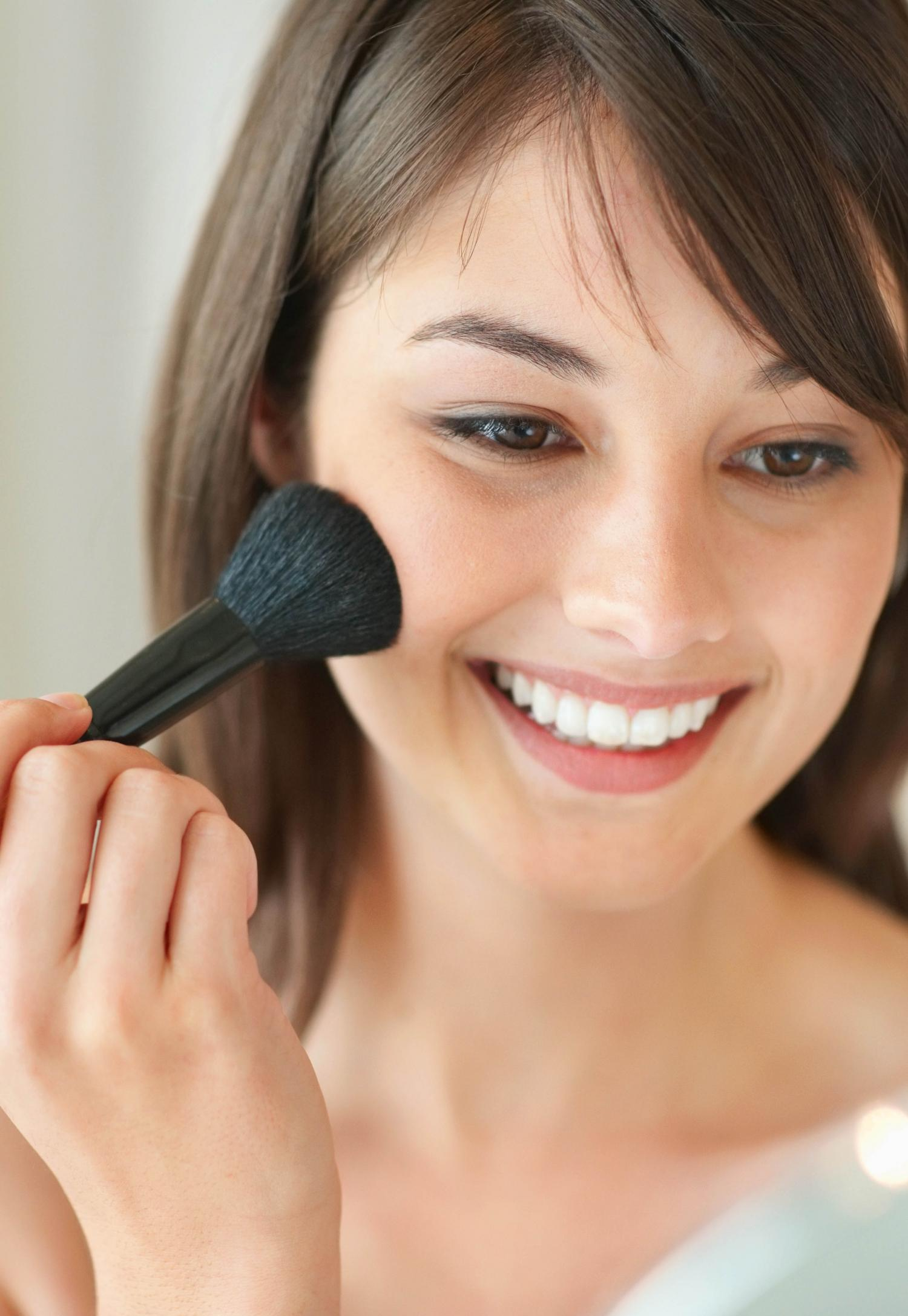 How To Apply Bronzer To Black Skin Howcast The Best Howto